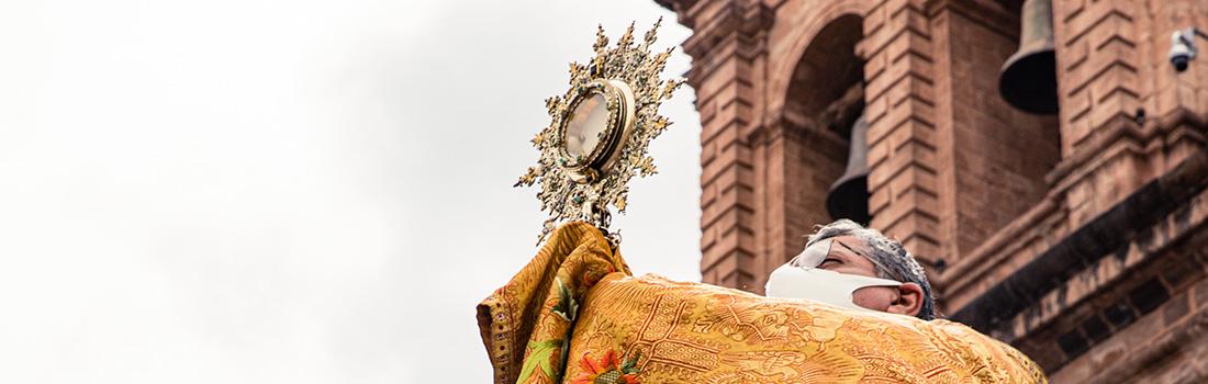 CUSCO CELEBRA SOLEMNIDAD DEL CORPUS CHRISTI EN LA BASÍLICA CATEDRAL